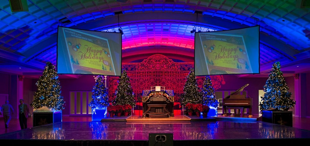 Happy Holidays with the Mighty Wurlitzer
