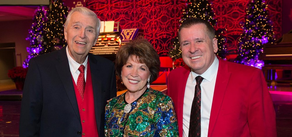 SPMH Past President and Wurlitzer Concert Series producer Don Siekmann, with singer Nancy James and organist Walt Strony