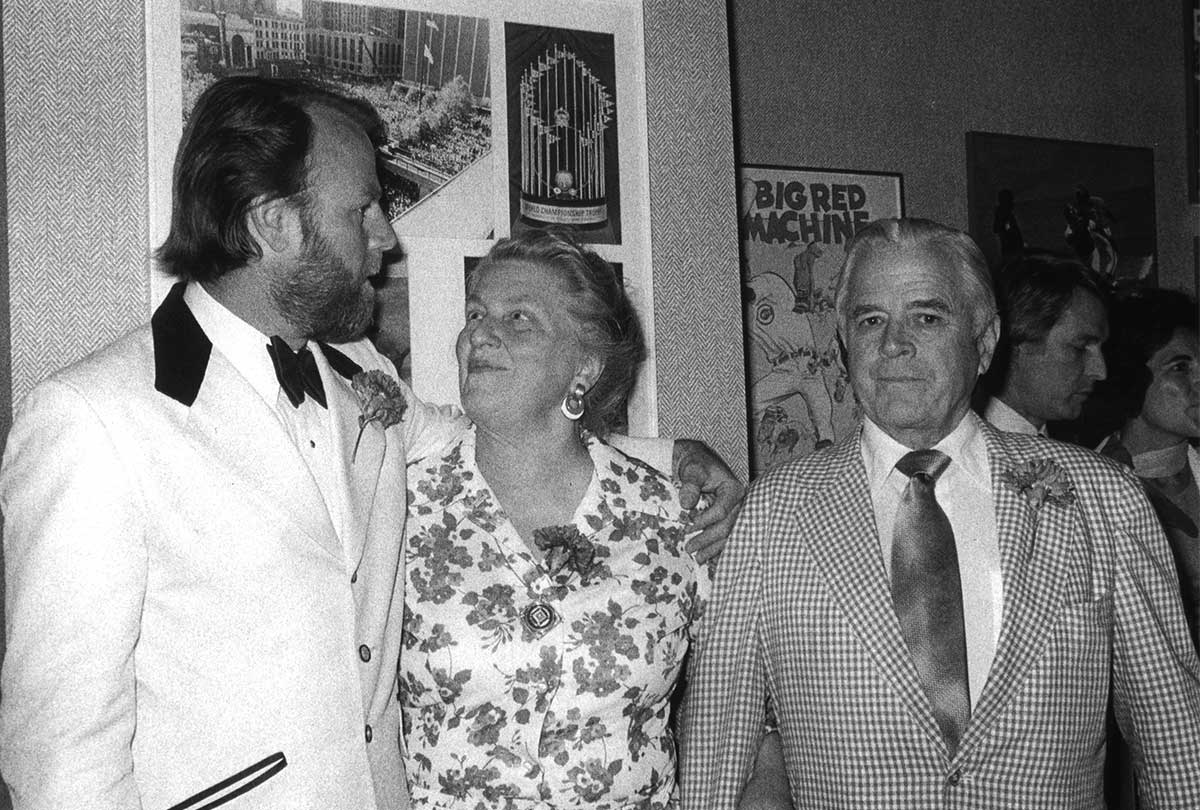 Erich Kunzel, left, with Louise and Louis Nippert