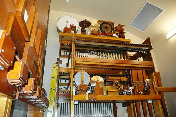 Albee Mighty Wurlitzer Organ - SPMH - Society for the