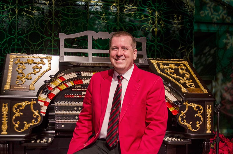 Walt Strony and the Albee Mighty Wurlitzer Organ
