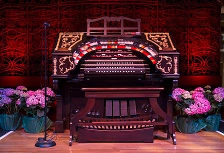 The Albee Mighty Wurlitzer Organ in Music Hall Ballroom