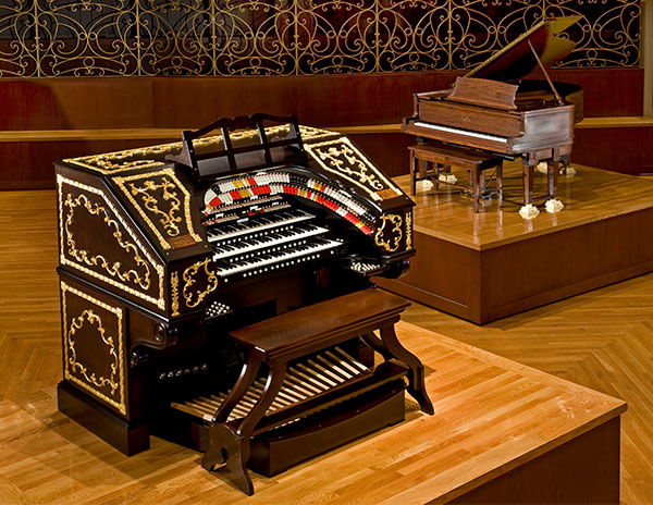 Albee Mighty Wurlitzer Organ with Steinway Piano