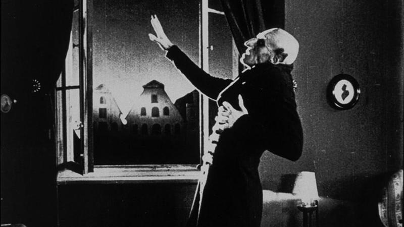 The Mighty Wurlitzer accompanies the great film <i>Nosferatu</i>
